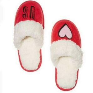 💕NWOT Victoria secret slippers